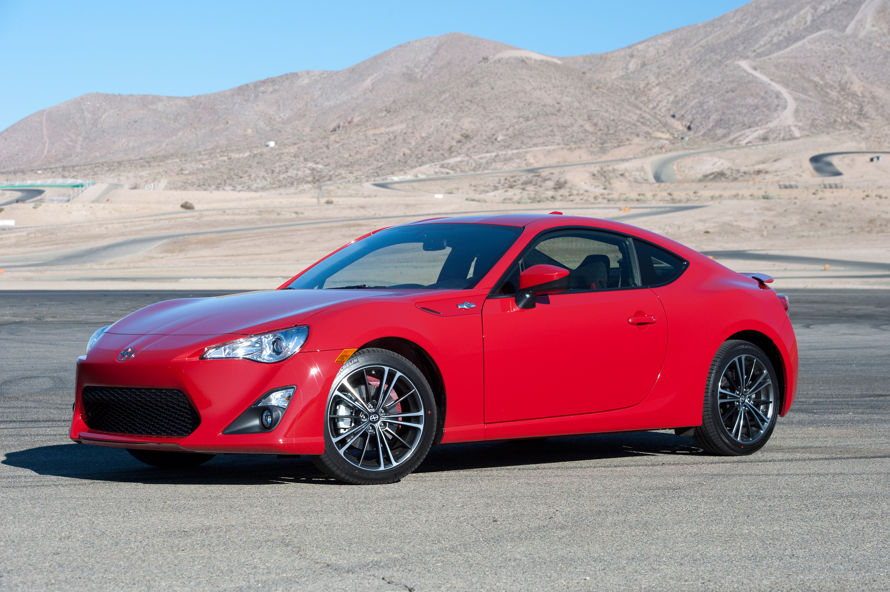 scion fr s gets upgrades for 2016 pfaff auto. Black Bedroom Furniture Sets. Home Design Ideas