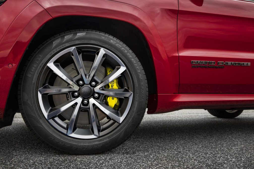 2018-jeep-grand-cherokee-trackhawk